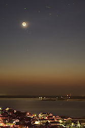 Moon_01d_21h_150158.JPG